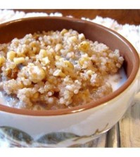 Quinoa-Walnut-Date-Warm-Cereal
